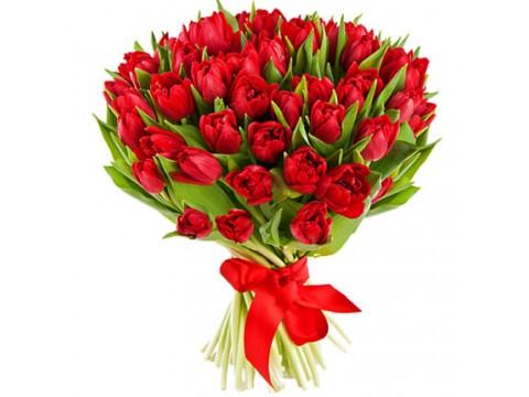 Букет з 39 червоних тюльпанів