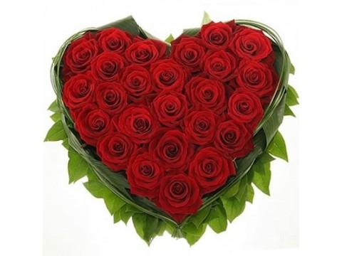 Сердце (красные розы)